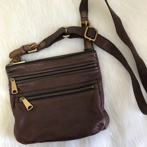 Fossil Bags - Brown Leather Fossil Crossbody Purse